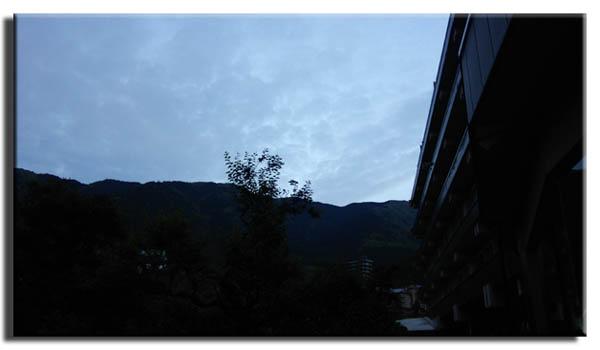 望川館の朝0515